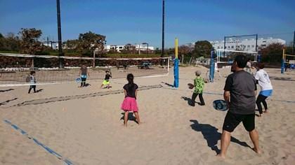 写真:日帰りビーチテニス1