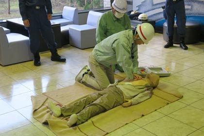写真/AED訓練